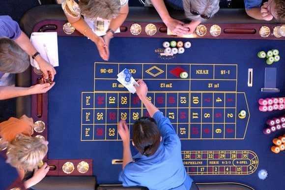 Pelaa ruotsalaista lottoa verkossa: hintavertailu osoitteessa lotto.eu